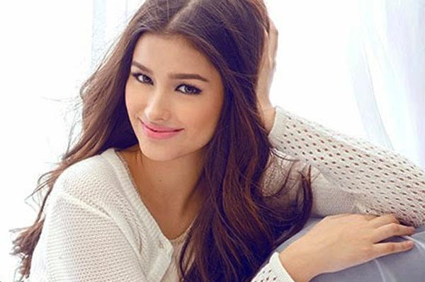 Liza Soberano Defends Mother From Bashers Psr Ph